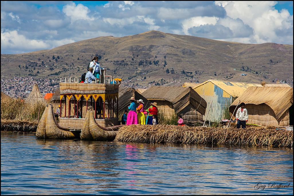 Iles flottantes des indiens Uros